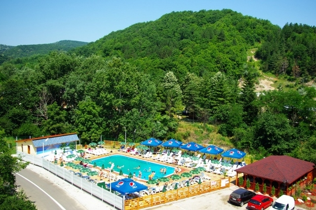 Tourist Attraction And Accommodations In Romania Complete